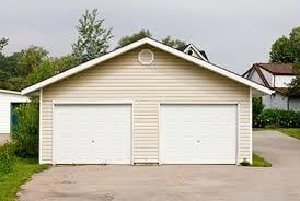 Tips for Looking for a Garage Craftsman